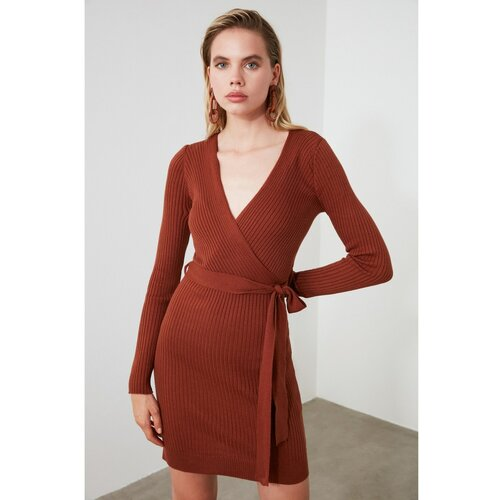 Trendyol smeđa haljina s pletenim ovratnikom  Cene