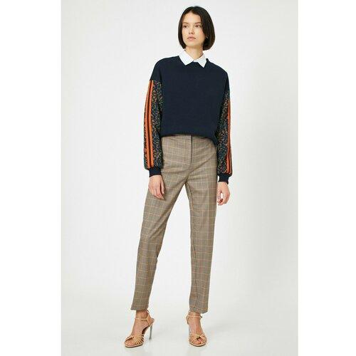 Koton Ženske pantalone smeđe boje karirane boje  Cene