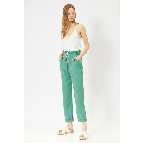 Koton Kotonske džepne hlače s detaljima  Cene