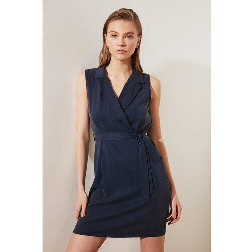 Trendyol tamnoplava haljina s ovratnikom za krstarenje  Cene