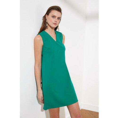 Trendyol Zelena osnovna haljina s V-izrezom zelena Slike
