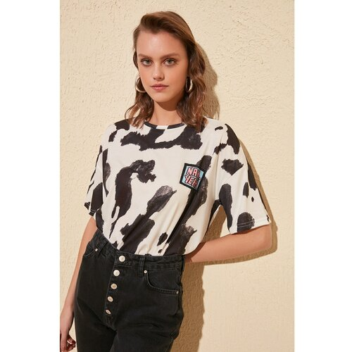 Trendyol Štampana smeđa ženska majica krema  Cene