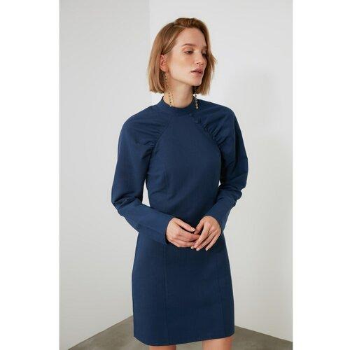 Trendyol detaljno odjevena haljina s mornarskim rukavima  Cene
