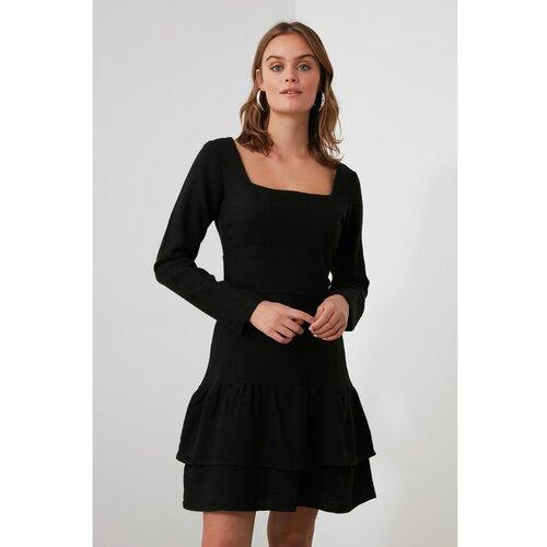 Trendyol Crna haljina s zamašnjakom s četvrtastim vratom crna  Cene