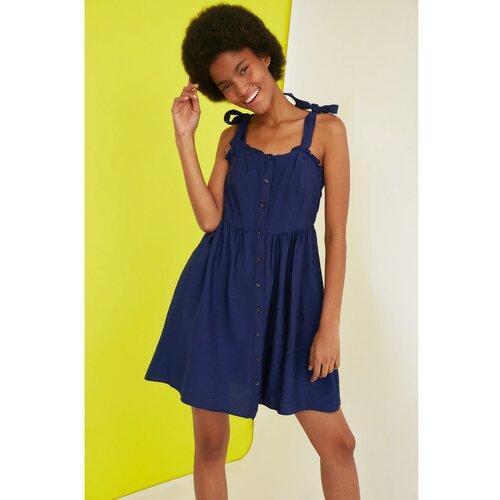 Trendyol Tamnoplava haljina s dugmadima na remen crna plava | žuto  Cene