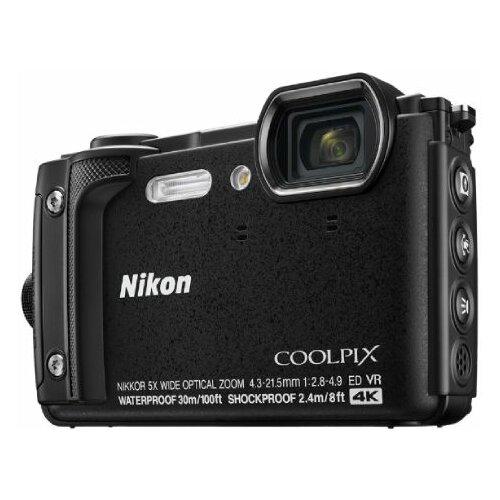 Nikon COOLPIX W300 crni digitalni fotoaparat Slike